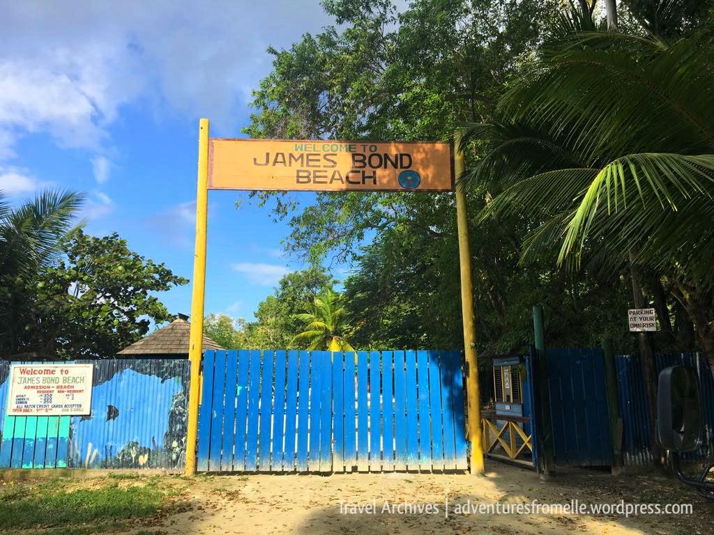 entrance to james bond beach