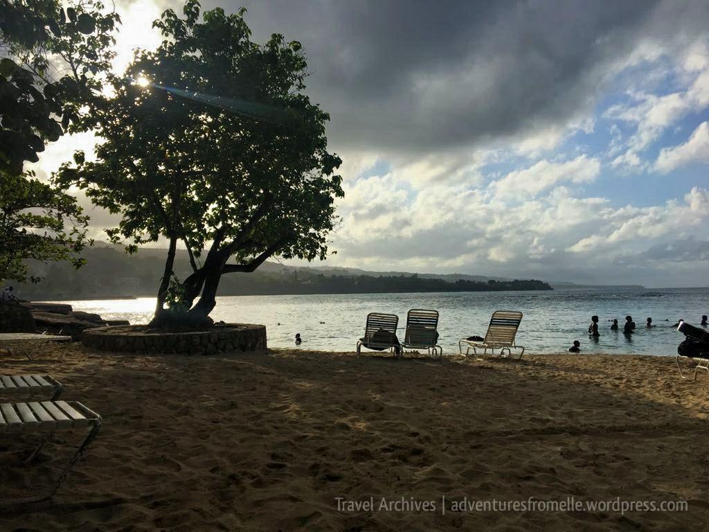 james bond-beach