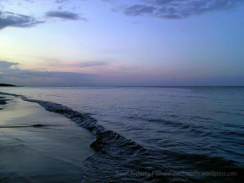 salem beach waves