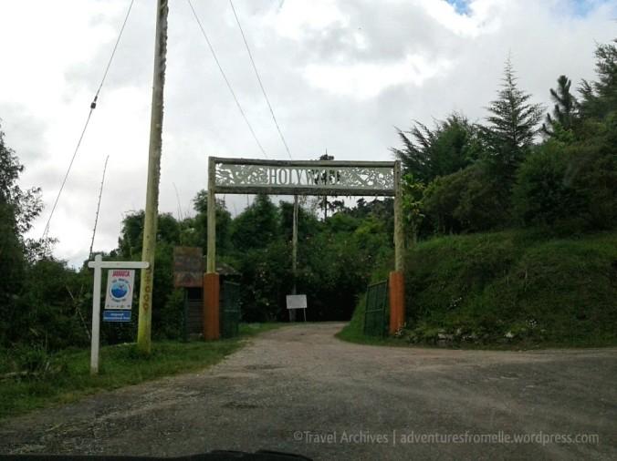 entranceto-holywell