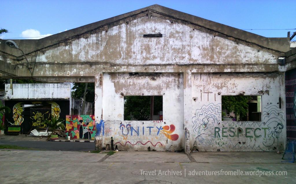 empty warehouse-fleet street