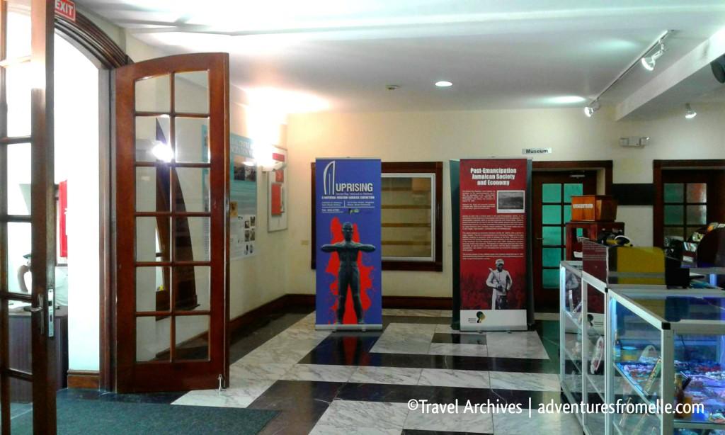 lobby-mobay civic centre