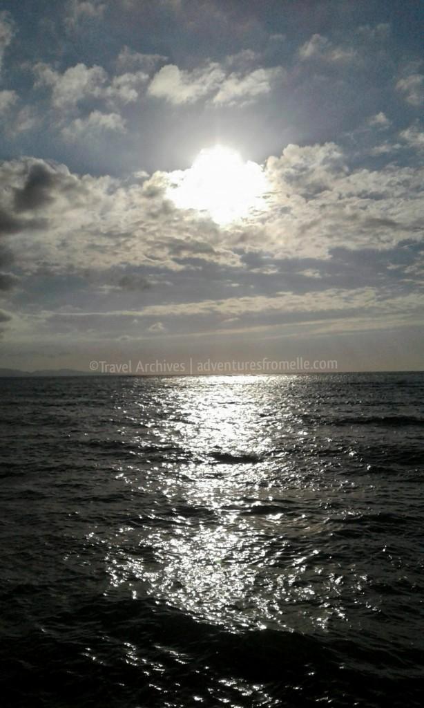 sunny day dead end beach