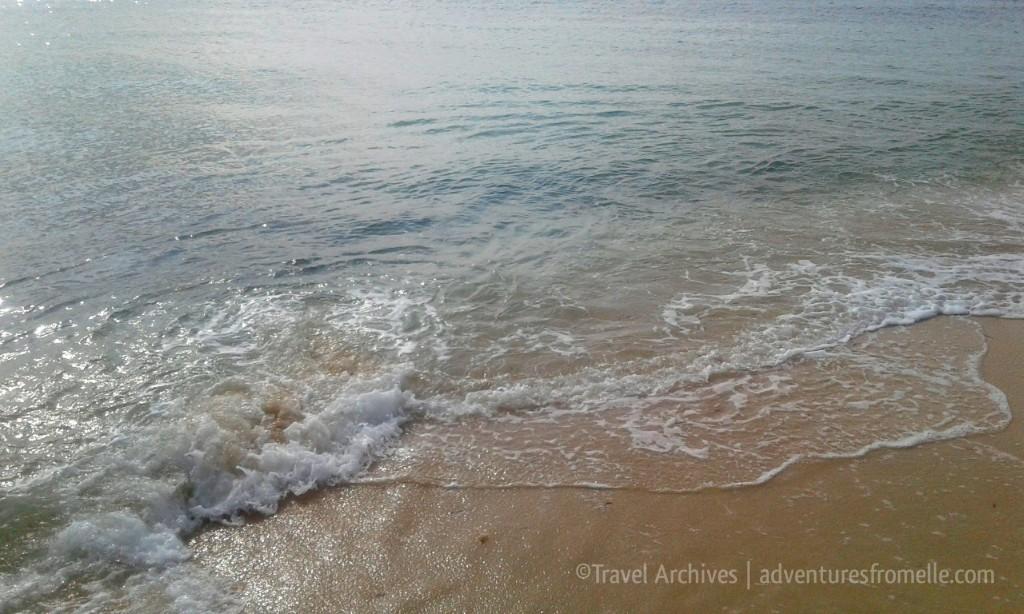 waves at dead end beach