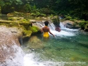 couple-reach falls